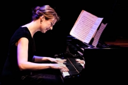 Anna Goldsworthy's Piano Lessons On Stage