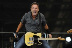 Tom Morello To Tour With Bruce Springsteen