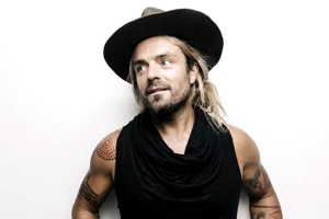 Xavier Rudd releases his new single, 'Walk Away', and announces April 2018 shows.